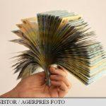 SURSE – Presedintele, sefii Camerelor si premierul vor avea, de la 1 august, un salariu brut de 21.540 de lei