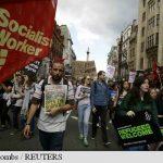 PROTESTE – Mii de persoane demonstreaza la Londra pentru primirea refugiatilor
