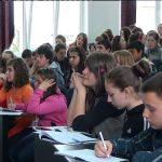 CONSILIERE – In scolile din Maramures sunt cateva zeci de logopezi si psihologi. Acestia sunt mai putin vizibili dar munca lor este una foarte importanta