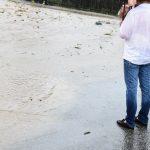 Actualizare : Furtuna a făcut prăpăd la Izvoare / Ploaia a inundat mai multe străzi din Baia Mare.