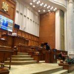 Parlamentul intră în sesiune extraordinară
