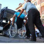 În stradă! Persoanele cu dizabilităţi protestează pentru dreptul la muncă