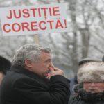 Peste 500 de protestatari, azi noapte în București