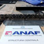 Peste 200.000 de români trebuie să treacă în această lună pe la ANAF. Află dacă te numeri printre ei
