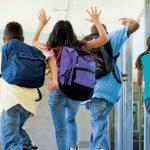 Preşcolarii şi elevii din ciclul primar intră în vacanţă