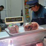 Amendaţi pentru comerţ ilicit ! Poliţişti au verificat societăţi comerciale dar şi persoane fizice