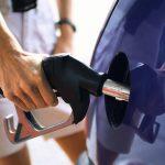 Supraaciza în vigoare ! Vezi cu cât cresc preţurile la carburanţi