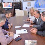 La masa dialogului ! Vezi despre ce au discutat sindicaliştii Cartel Alfa şi preşedintele Consiliului Judeţean Maramureş