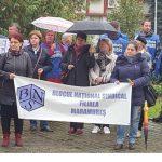 În stradă ! Zeci de sindicalişti BNS au protestat în faţa prefecturii Maramureş