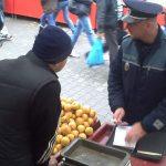 Comerțul ilicit cu țigări și produse agoalimentare sancționat de polițiști
