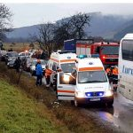 Actualizare: 18 persoane au fost ranite / Grav accident de circulație în Maramureș ! Un autobuz și o autobasculantă implicate