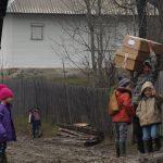 CARITATE – Moș Nicolae a ajuns și la copiii din cătunul Uloha