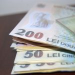 ECONOMIE – Crește diferența dintre salariile din București și restul țării
