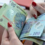 Zeci de mii de români vor primi bani de la Stat. Află motivul
