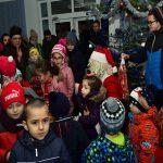 CRĂCIUN – Jandarmii maramureșeni au oferit cadouri copiilor