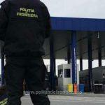Focuri de armă pentru reținerea unor bărbați care au atacat un echipaj al poliției de frontieră – FOTO şi VIDEO