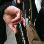 Să prevenim furturile din buzunare sau genți!