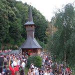 Un lăcaş de cult din Baia Mare adună tinerii pentru exerciţii spirituale