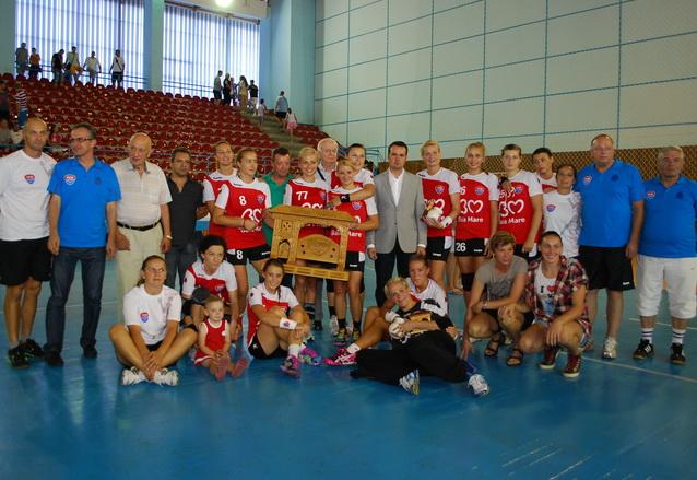 Foto: HCM Baia Mare, castigatoarea editiei 14 a Trofeului Maramures (c) eMaramures.ro
