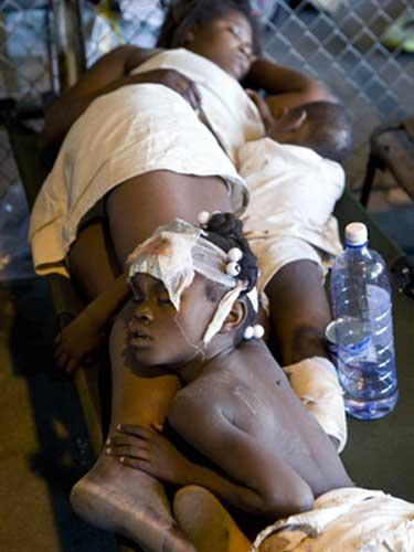 Foto Haiti - victime cutremur