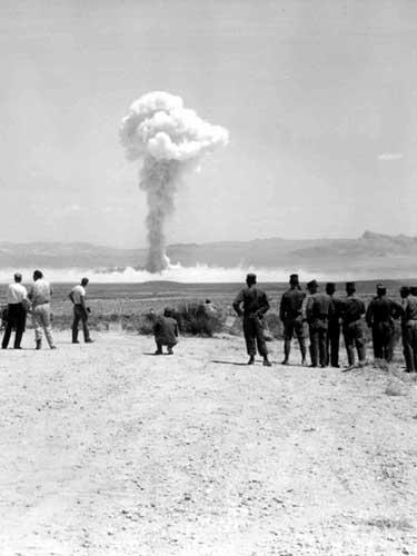Foto: nuclear test 1962 (c) glasstone.blogspot.com
