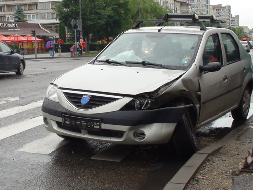 Accident Mcdonalds (c) eMM.ro