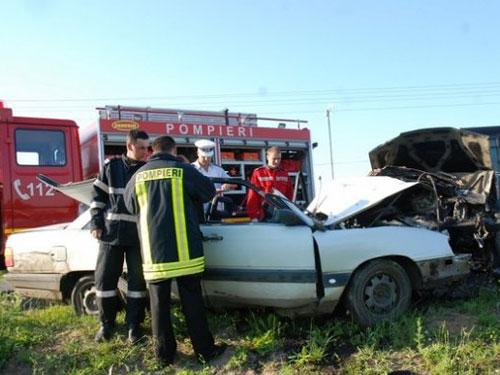 Foto: accident de circulatie - Ciuperceni, Satu Mare (c) szatmar.ro