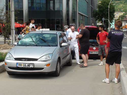 FOTO: Accident pe podul Decebal (c) eMM.ro