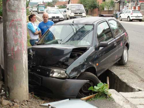 Foto: accident Tautii de Sus (c) eMaramures.ro