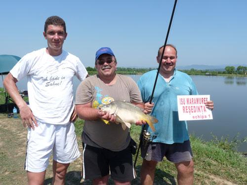 Foto Concurs international de pescuit, echipa castigatoare (c) eMM.ro
