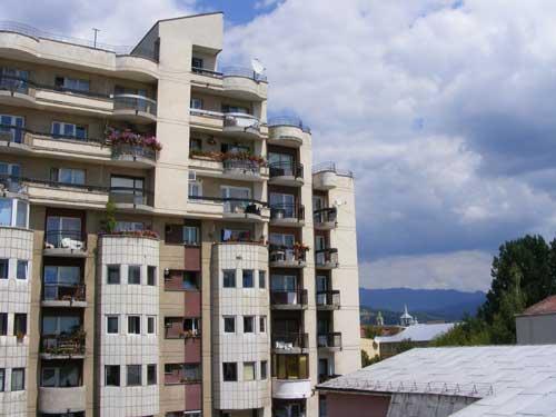 Foto bloc Baia Mare (c) eMaramures.ro