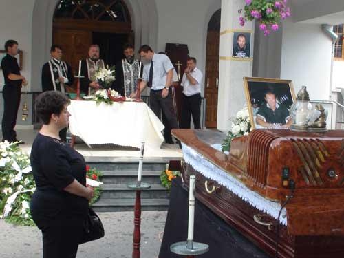 Foto inmormantare - Adio, Artur David (c) eMM.ro