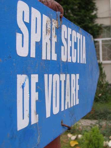 Spre sectia de votare (c) eMM.ro
