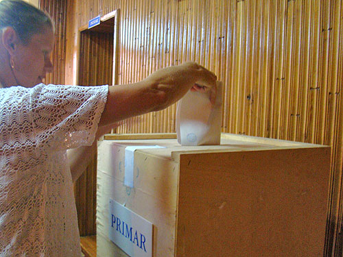 Foto: alegeri Miresu Mare - turul 2 - balotaj (c) eMaramures.ro