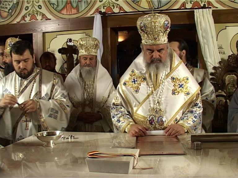 Patriarhul Daniel, la Barsana (c) eMM.ro