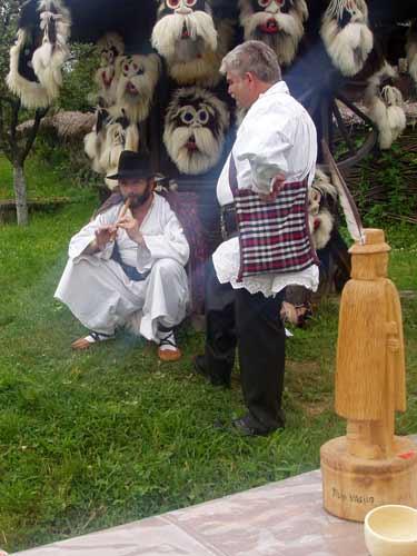 Foto targ mesteri populari Baia Mare (c) eMaramures.ro