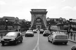 Trafic pod, Budapesta