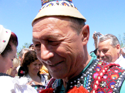 Basescu in Maramures (c) eMM.ro