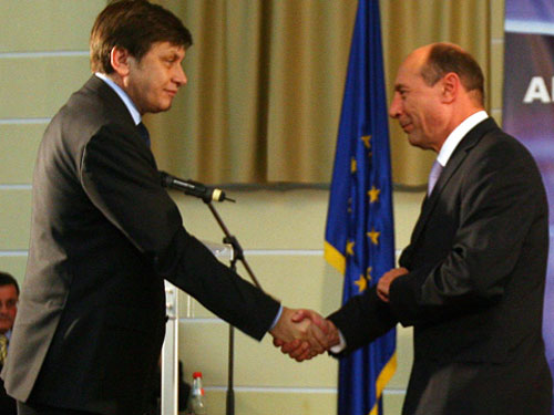 Antonescu si Basescu