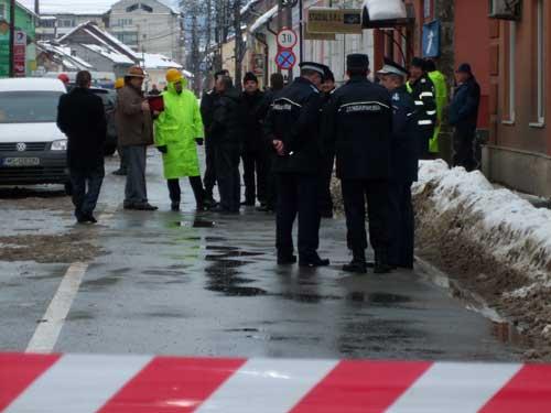 Foto: EXPLOZIE - Ancheta dupa exploziile de la Sighetu Marmatiei